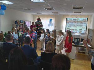 Proslava 5. obljetnice Centra Svitanje -korisnici i učenici 2.c razreda prezentiraju Konvenciju o pravima djece