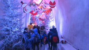 Izlet na Advent u Zagrebu - korisnici u tunelu Grič
