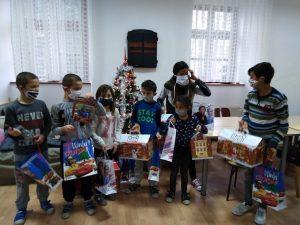 Korisnici s poklonima - božićna akcija Kuflanda