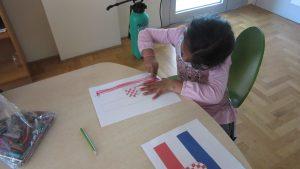 Dan državnosti - korisnica crta zastavu RH